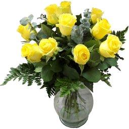 Buchet de 11 trandafiri galbeni