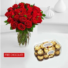20 Rose Rosse, Vaso e Cioccolatini
