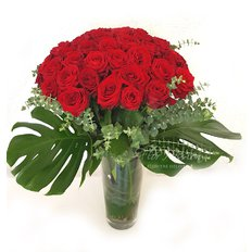 Bouquet con 48 Rose Rosse
