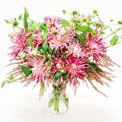 Dalia Spider Woman Bouquet