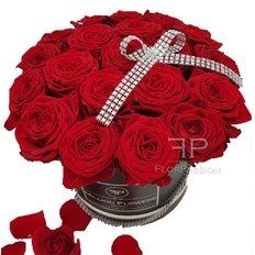 Deliziosa scatola con Rose Rosse Red Naomi