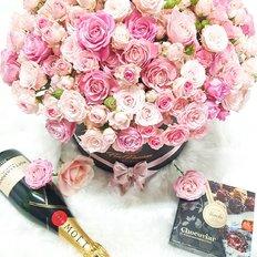 Luxury Gift Box & Moet Chandon